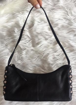 Трендовая кожаная сумочка