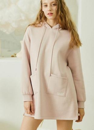 Толстовка худи женская домашняя утепленная платье-свитер спортивное оверсайз с капюшоном