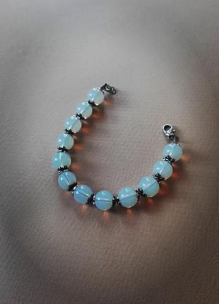 Изящный браслет из лунного камня ручной работы