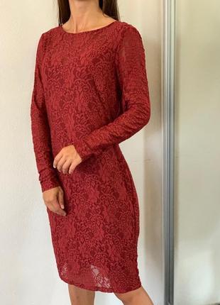 Платье, очень красивый рубиновый цвет 40 42