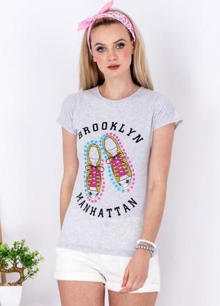 Женская футболка 17147