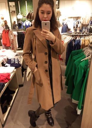 Пальто пальтишко коричневое горчичное миди средняя длина reserved  размер с s с мехом1