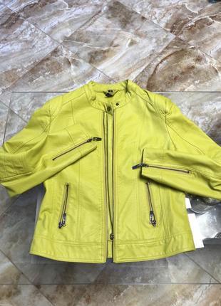Куртка з кожзаму
