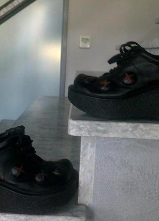 Шкодные ботинки высокая подошва р 35.5-36 италия kelton