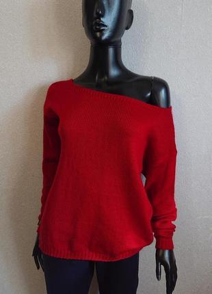 Теплый свитер оверсайз красный