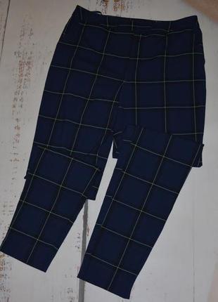 Трендовые брюки в клетку new look 8 размер