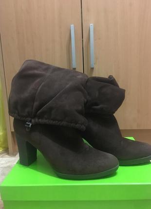 Осенние замшевые ботинки, сапожки