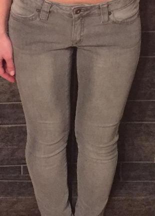 Теплые зимние серые джинсы