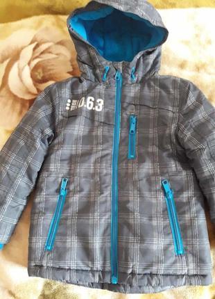 Демисезонная куртка для мальчика 3-5 лет