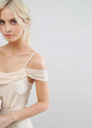 Tfnc розкішна кремова нюдова сукня-плісе з декором зі стразів