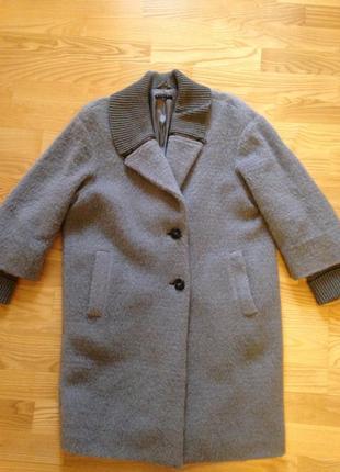 Шерстяне пальто sisley