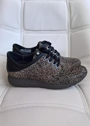 Кросівки нат хутро нерпи дорогий бренд marutti розпродаж!!