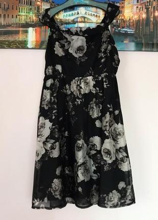 Платье трапеция в цветы