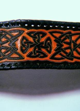 Кожаный браслет ручной работы с кельтским орнаментом