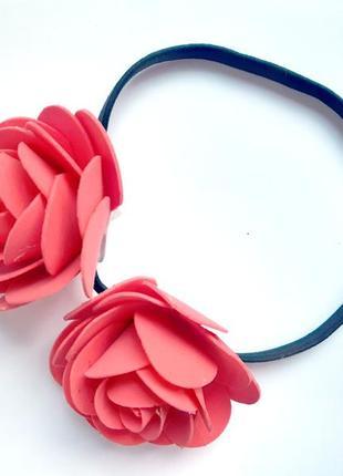 Греческая повязка с крупными розами