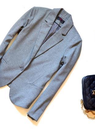New look. серый офисный жакет на одну пуговицу. хл. 14. 42