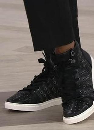 Хайтопы, осенние ботинки.кроссовки высокие бренда vince camuto натуральная кожа