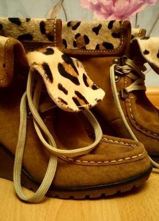 Стильные замшевые деми ботиночки 37 р.