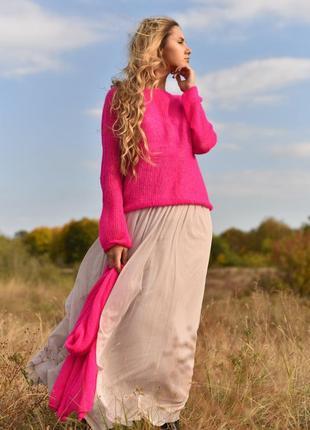 Женский неоновый свитер из итальянского кид мохера.
