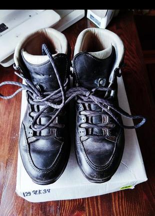 Ботинки кожа брендовие спортивние