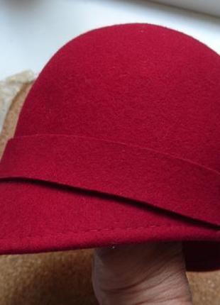 Benetton шапка,шляпка.