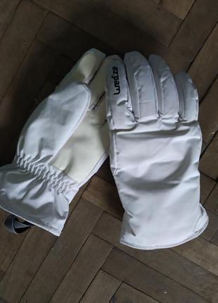 Лыжные перчатки из польши,одеты 1 раз