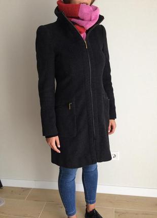 Шерстяное пальто от  zara