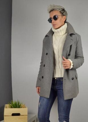 Стильное обалденное актуальное зимнее пальто от нм