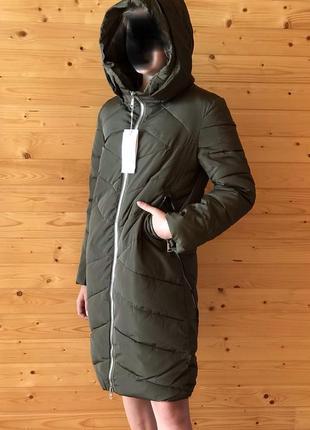 Стильное пальто на девочку