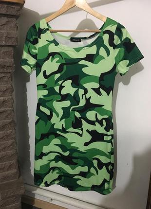 Стильное новое платье ,от yangelo,размер m