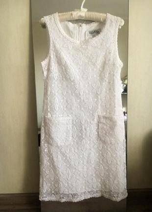 Кружевное платье vilonna
