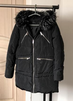 Тёплая куртка дутик с капюшоном