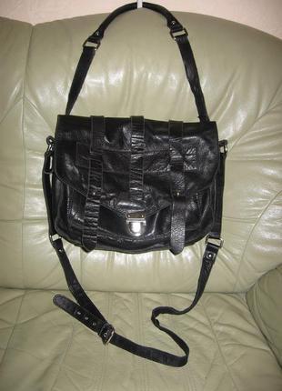 Большая сумка из качественной натуральной кожи бренда asos