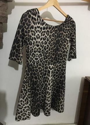 Стильное платье,размер m-l от river island