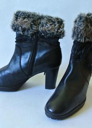 Чоботи зимові/ ботинки на каблуке кожаные caprice