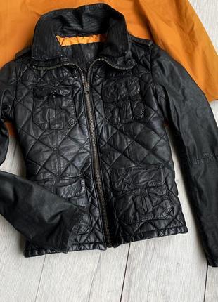 Кожаная куртка с двойным воротником superdry
