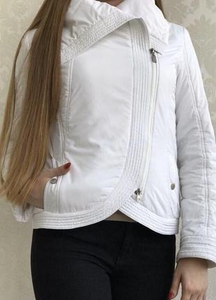 Белая куртка snowimage1 фото