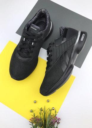 Кожаные кроссовки от reebok easytone