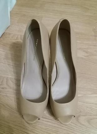 Шикарные туфли кожаные3 фото