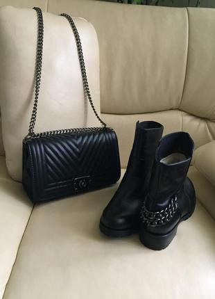 Сапоги , ботинки