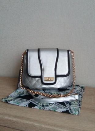 Нарядная сумочка-клатч на плечо