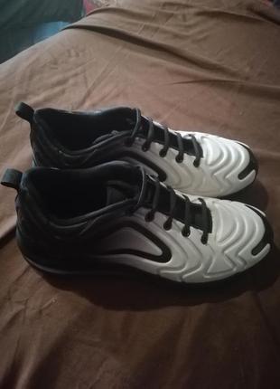 Отличные лёгкие кросовки2 фото