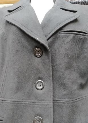 Пальто 60%шерсть5 фото