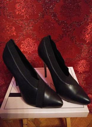 Sale! sale! sale! шикарные туфли на шпильке от lamania