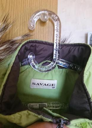 Лёгкая светло-зелёная куртка на синтепоне с вышивкой и натуральной опушкой 48-50 р.4 фото