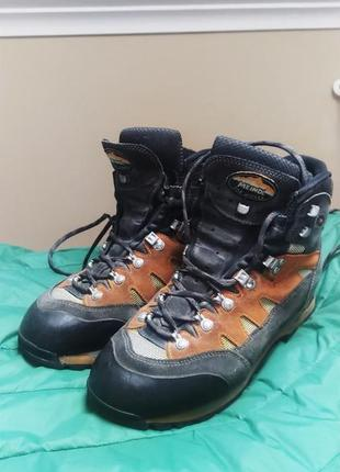 Горные ботинки meindl