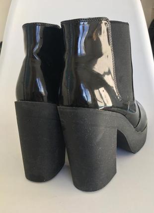 Чёрные лаковые ботильоны new look 40 размер3 фото
