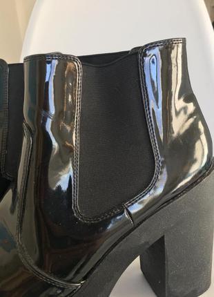 Чёрные лаковые ботильоны new look 40 размер4 фото