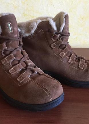 Geox женские зимние ботинки 38 (спорт)