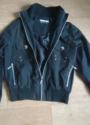Ветровка куртка курточка на девочку 10-12 лет
